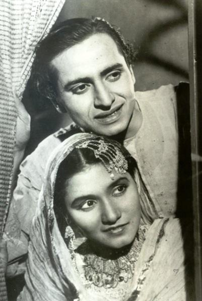 noorjahan-pran-khandaan-1942.jpg